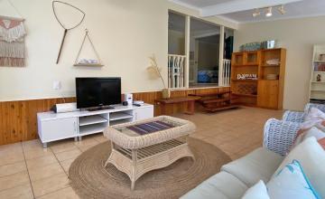 Amity Tugtellum Holiday House, North Stradbroke Island - Straddie Sales & Rentals