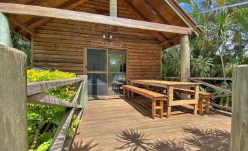 Belles on Ballow - Kookaburra Lodge, North Stradbroke Island - Straddie Sales & Rentals