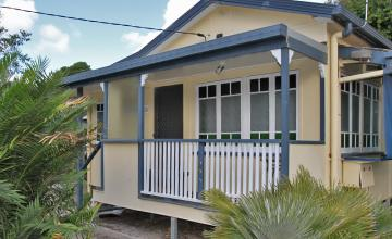 Berrimilla Holiday House - North Stradbroke Island