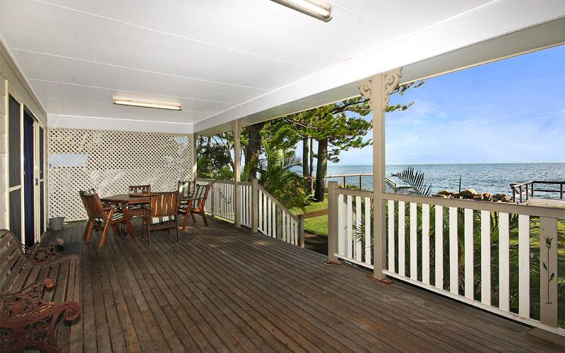 Amity Palms Holiday House on North Stradbroke Island - Straddie Sales & Rentals