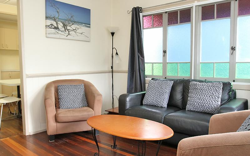 Berrimilla Holiday House - Living Room