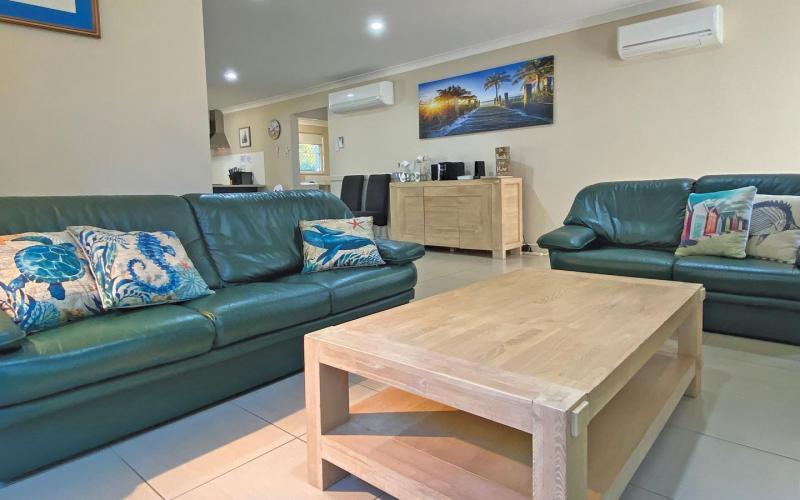 Flip Flop Inn Holiday House, North Stradbroke Island - Straddie Sales & Rentals