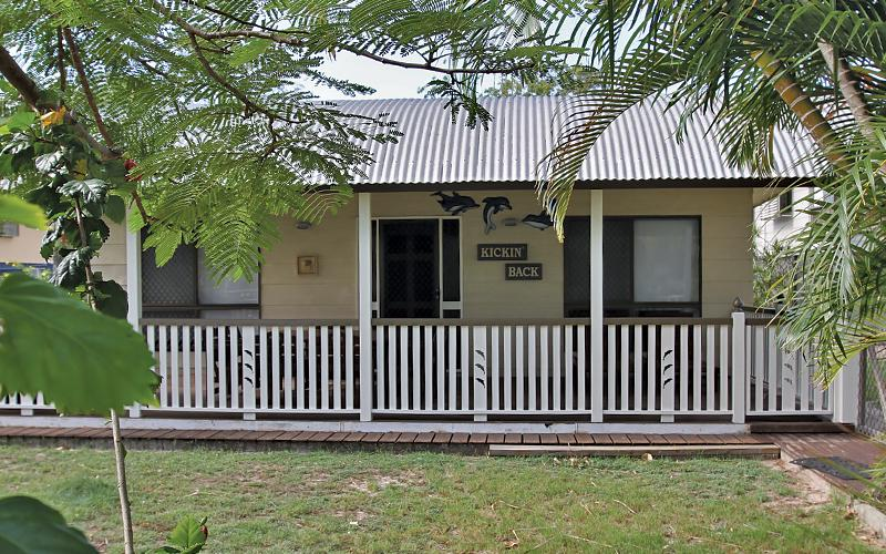 Kickenback Holiday House - Front View