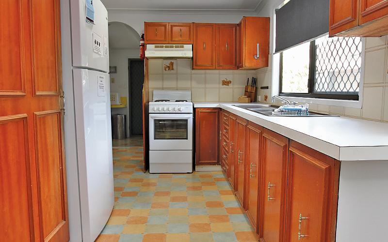 Kickenback Holiday House - Kitchen