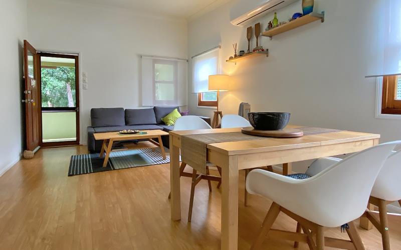 Salty's Holiday House, North Stradbroke Island - Straddie Sales & Rentals