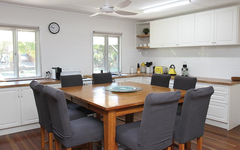 Tallawa Holiday House on North Stradbroke Island - Straddie Sales & Rentals
