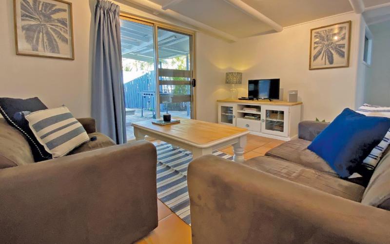 Amity Point Waterfront Cabins - Tamdhu, North Stradbroke Island - Straddie Sales & Rentals